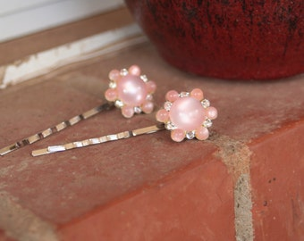 H64-65 Vintage PEACH Pink Cat's Eye Flower Rhinestone Upcycled Hair Pins