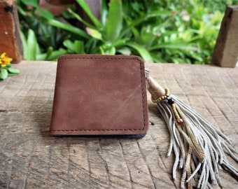 Leather wallet, Brown. Handmade in genuine leather. Leather key ring.