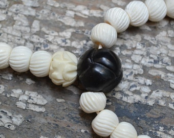 108 bead Buddhist prayer mala in bone & jet  M214