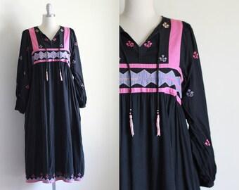 Rare Indian Cotton Dress / 70's Indian Cotton Dress / Black Cotton Dress / 70's Vintage Hippie Boho / S M