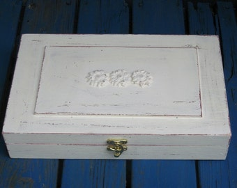 Tea box cream / Shabby Chic Home Decor / Tea bag box / Wooden Tea cabinet