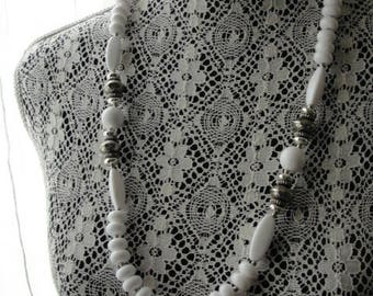 1960s Vintage Boho White and Silver Long Beaded Necklace