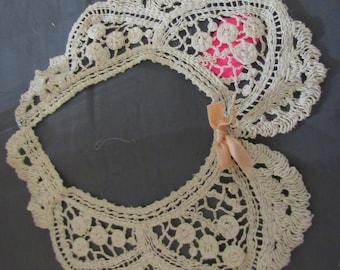 Collar Vintage Lace Ecru Lace Peter Pan Peach Bow