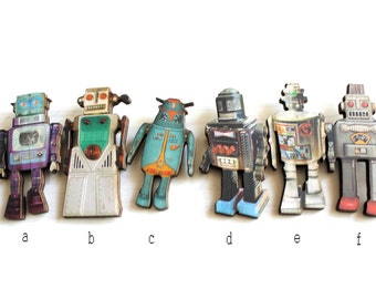 Retro Robot Toy Pin/Brooch