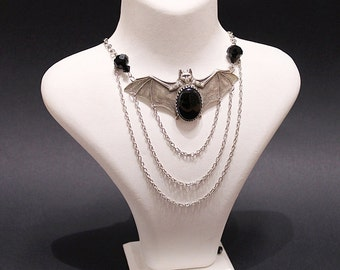 Halloween Bat Vampire Gothic necklace - silver plated with black agate, glass beads and Swarovski crystals - Victorian Gothic Jewelry