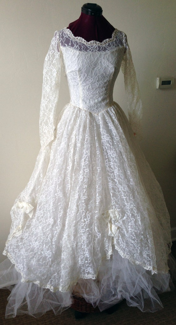 Jahrgang 50/60er Jahre Brautkleid mit Tüll Schichten