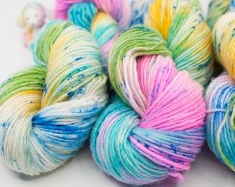 Speckle DK Yarn - Hand Painted Yarn – Tonal dk Yarn - Indie Dyed - Verigated dk Yarn - DK Yarn - Single Ply (345 1-3)