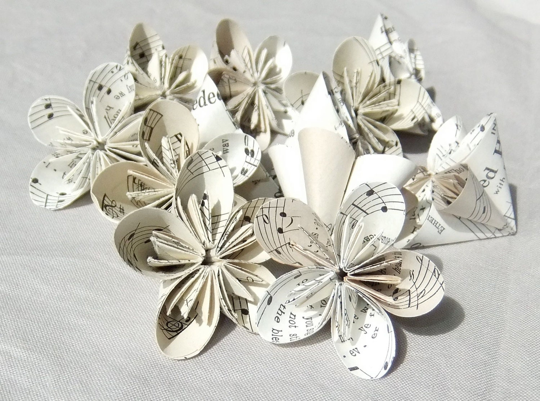6 Mini Sheet Music Origami Flowers \'Rounded