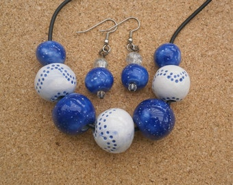 Blue ceramic necklace and earrings set  - Handmade jewelry set - Chunky beads jewellery