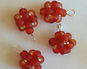 4 beads 4mm Red frosted glass pendants