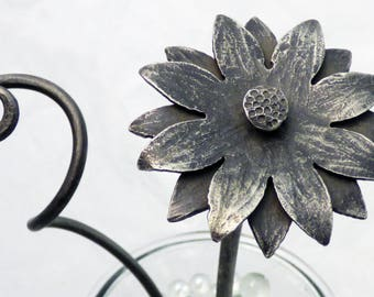 Forged Steel Daisy