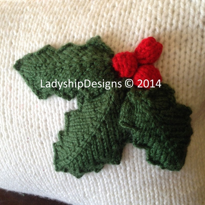 PDF KNITTING PATTERN, Christmas pillow cover pattern, Holly Leaves ...
