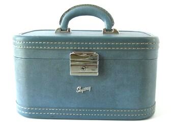 Vintage Train Case / Skyway Carry On / Light Blue Train Case / Vintage Suitcase / Makeup Case / Skyway Suitcase / Wanderlust Traveller
