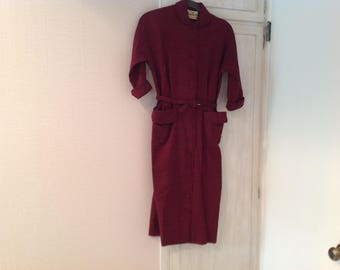 Vintage 50s dress, maroon wool blend, tailored look