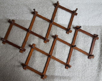 Dark Wood Vintage Accordion Peg Rack