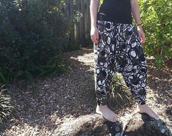 Holiday Harem pants pattern - PDF pattern - Adult XS to 4XL