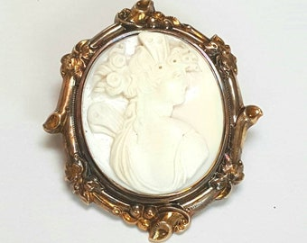 Art Nouveau 10K Cameo Pendant Brooch Pink Conch Shell Repousse Gold 67 mm Long