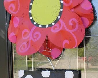 Round Flower with Pot Door Hanger