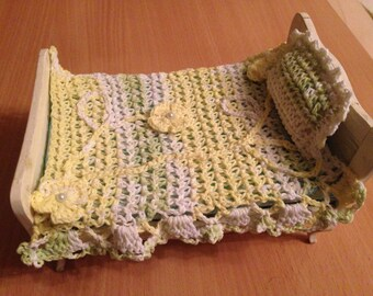 Покрывало + подушка.Bedspread + pillow.  Scale 1:12.