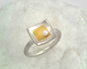 A romantic mixed metal ring with a pearl for every occasion, Gold and silver ring, Square ring, Textured ring, Hammered ring, Two tone ring.