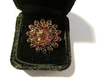 Size:  U.S. 7 1/4 ** Gorgeous 1940s Ruby Ring in Box As Found (30)
