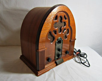 Vintage Reproduction Radio