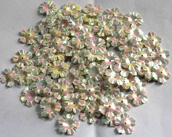 100 Glossy / Rainbow Effect/ White Color /Flower sequins/ Code KBSF667