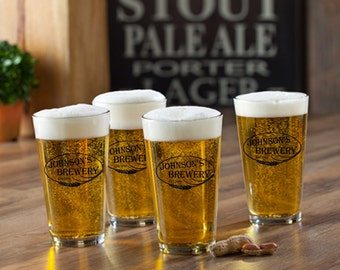 Personalized Pub Glass Set of 4 - Personalized Bar Glasses - Personalized Pint Glass Set - Groomsmen Gifts - GC783