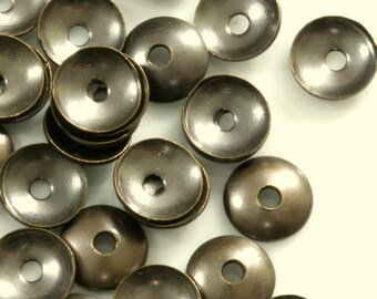 2000 Pcs Antique Brass Tone Brass 6 mm cone Circle tag middle hole Charms ,Findings bead cap  556AB-220 tmlp