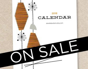 2018 VIVIAN Desk Calendar with stand/CD case