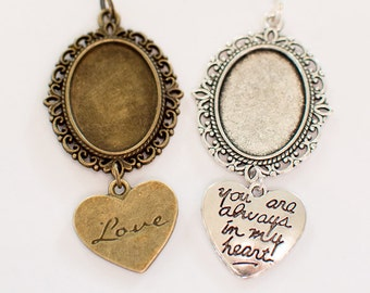 Oval Heart Bouquet Memory Frame Charms