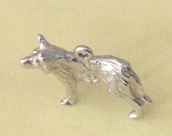 Sterling silver German Shepard charm vintage #257 s