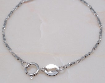 925 Sterling Silver Chain 17.5 inches B2739
