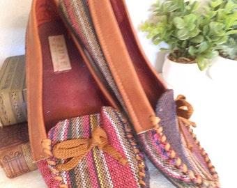 Vintage colorful Rasta Moccasins ~ Slip ons ~ Zune 9 1/2