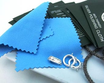SIL925CLOTH / 2pieces of 8x8cm + 2pieces of 16.5x17cm - Anti Tarnished Silver Accessories Polishing Cloth