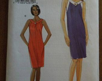 Vogue V8570, sizes 6-12, misses, womens, pullover, lined sleeveless dress, UNCUT sewing pattern