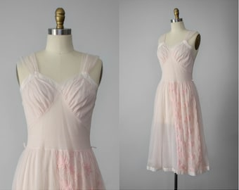 1950s nightgown | pale pink nylon nightgown | embroidered floral nightgown | 1950s lingerie