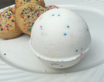 Sugar Cookie Bath Bomb, Birthday Gift for HER, Gift for Daughter, Fun Bath Fizzy