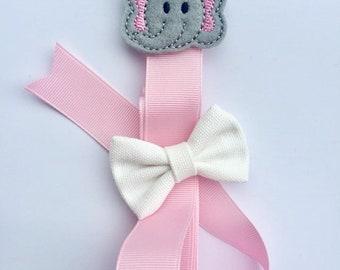 Hair Bow Holder, Hair Bow Hanger, Elephant Hair bow Holder, Pink and Gray Hair Bow Holder, Baby Shower Gift, Hair Bow Hanger, Nursery Decor