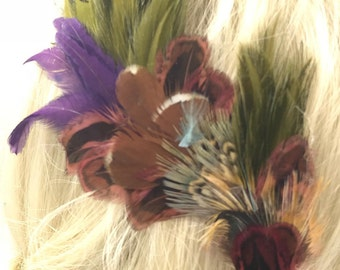 Muted Feather Hair Clip, Jewel Tone Feather Accessory, Gypsy Feather Clip, Bohemian Feather Piece, Feather Fascinator,