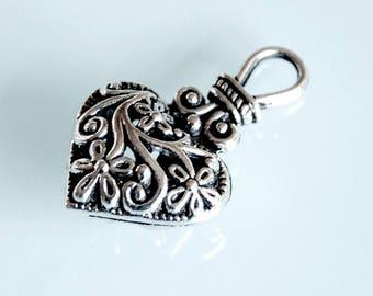 Large silver color 3D heart pendant charm box cardboard