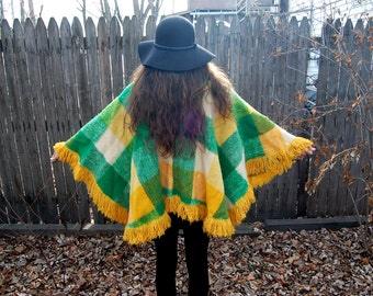 Vintage 1970s Colombian Poncho / Green and Yellow Wool Blanket Sweater