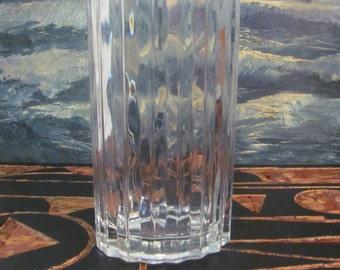 Cool Modern Wavy Oval Glass Floral Vase