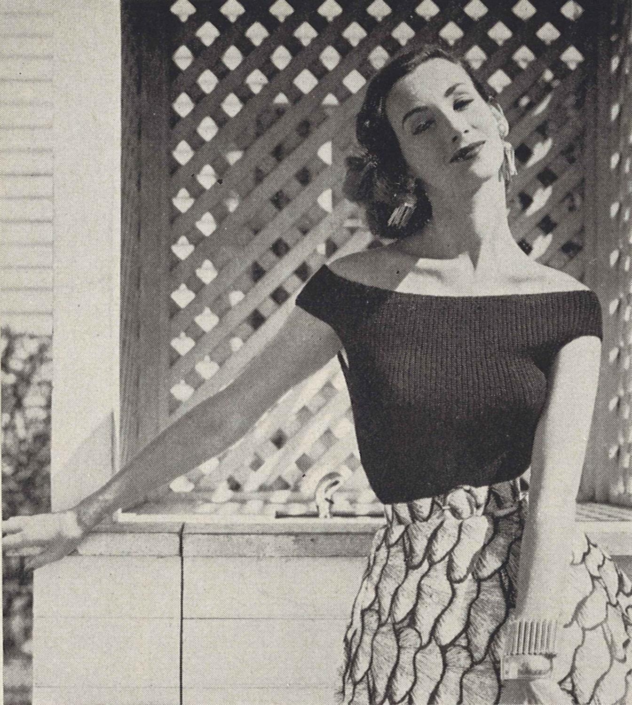 Sevilla Nights • 1950s Knitting Beach White Top Blouse • 50s Vintage ...