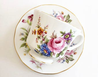 Vintage Tea Cup / Roses and Flowers - Floral with Gold Trim ~ Cup and Saucer / Bridal Tea / Tea Lovers Gift / Antique Tea cup
