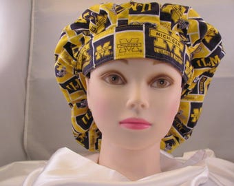 Women's Bouffant Scrub Hat U of M