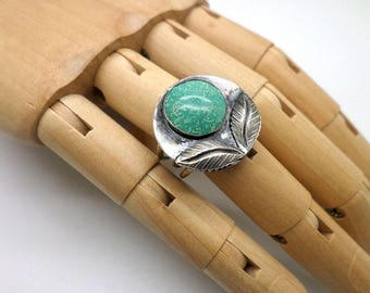 Vintage Sterling Silver Stone Artsy Stylized Fower Ring Adjustable