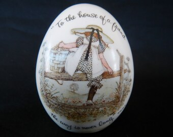 Vintage Holly Hobbie Egg - Holly Hobby, ceramic - 1973 - house of a friend, friendship, collectible, insirational, keepsake, gift,with label