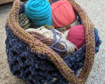Handmade crocheted mesh farmer's market tote bag
