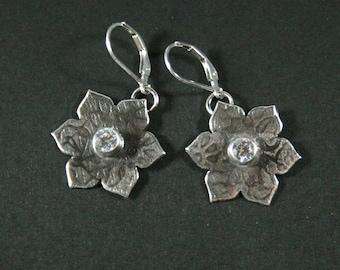 Sterling Silver Flower Earrings WithTube Set CZ